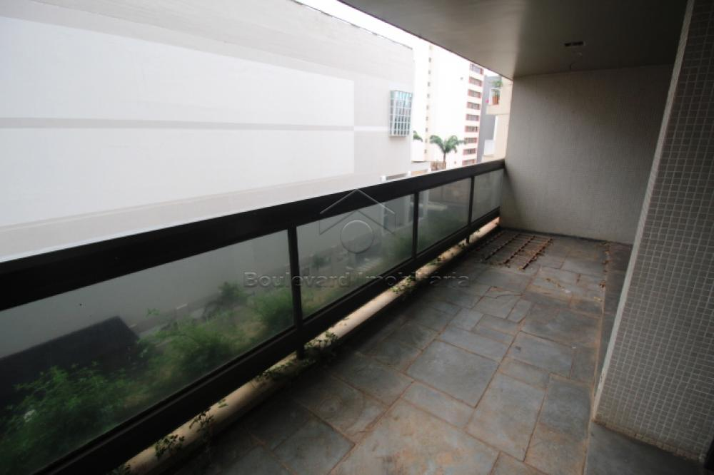 Alugar Apartamento / Padrão em Ribeirão Preto R$ 2.200,00 - Foto 1