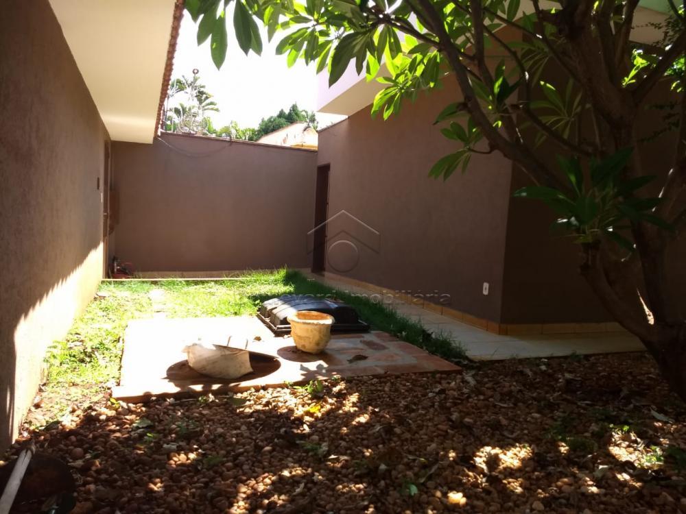 Comprar Casa / Padrão em Ribeirão Preto R$ 560.000,00 - Foto 3