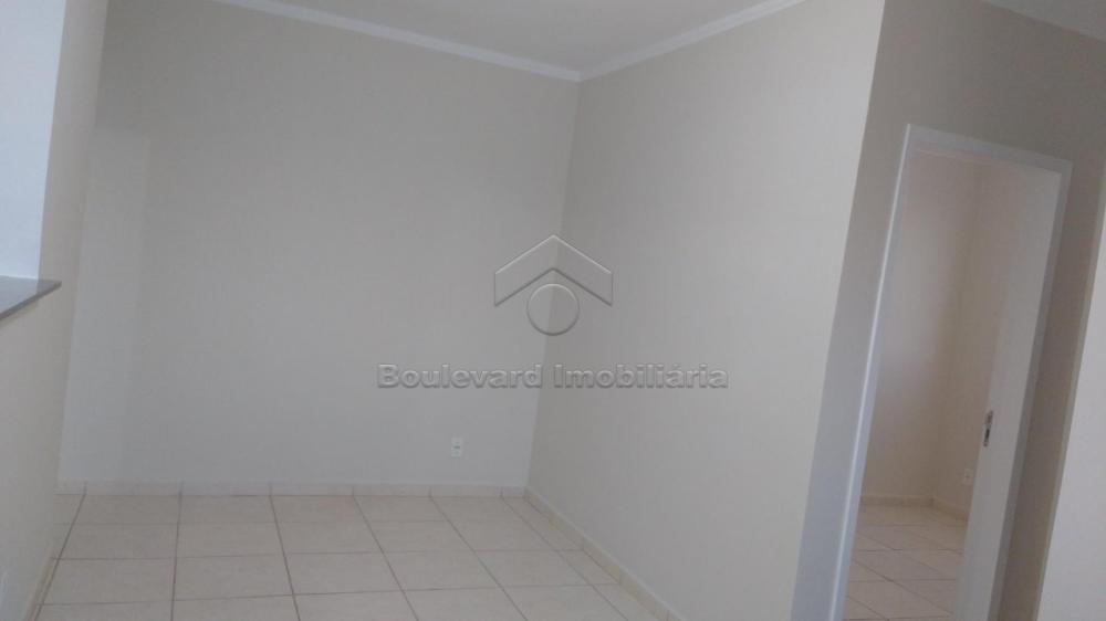 Alugar Apartamento / Padrão em Bonfim Paulista R$ 1.000,00 - Foto 2