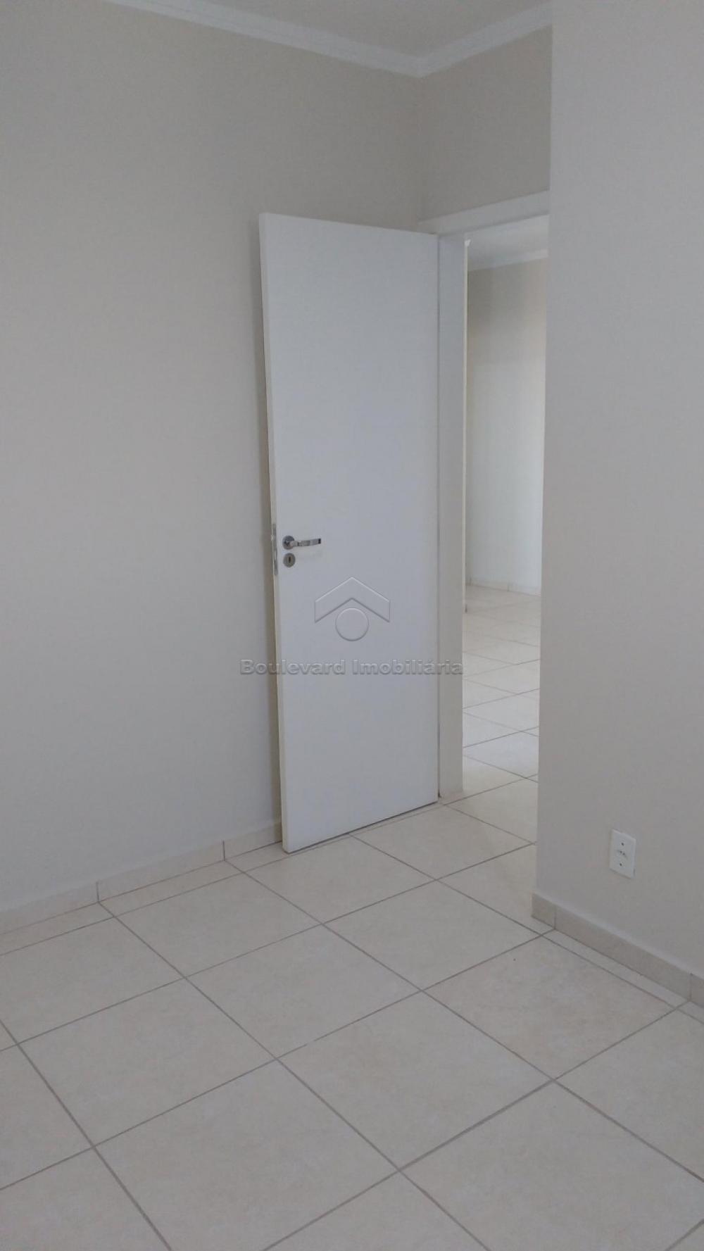 Alugar Apartamento / Padrão em Bonfim Paulista R$ 1.000,00 - Foto 3