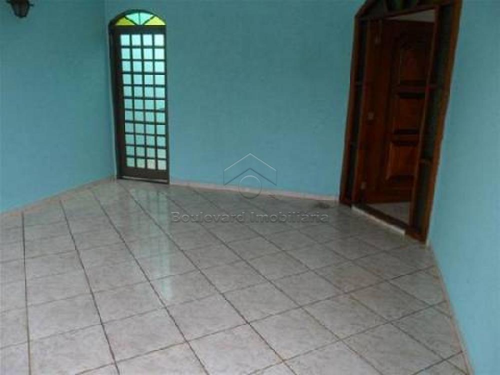 Alugar Casa / Padrão em Ribeirão Preto R$ 2.000,00 - Foto 1