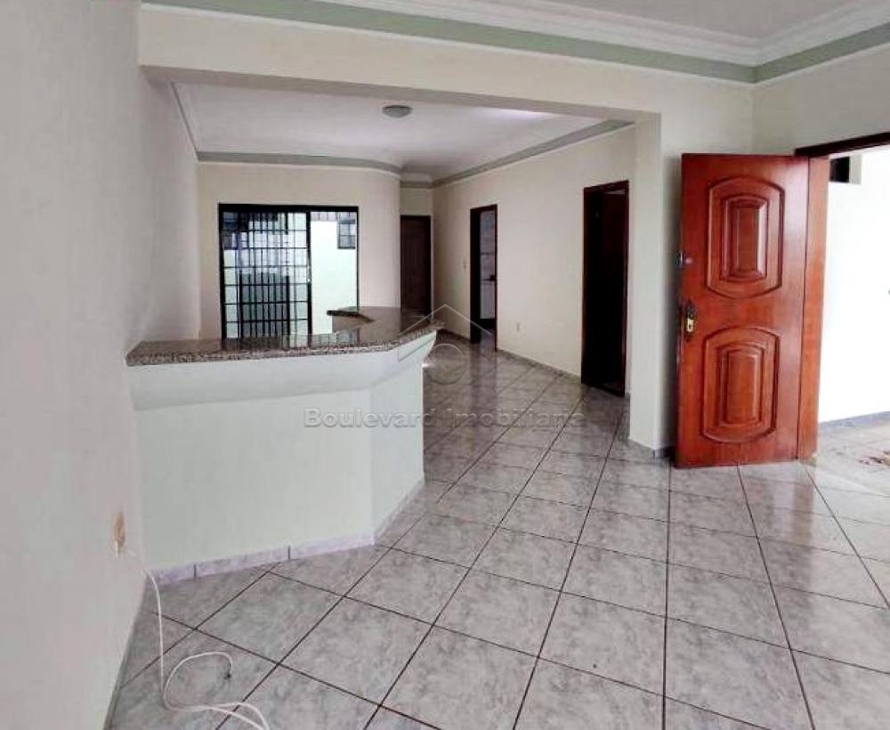 Alugar Casa / Padrão em Ribeirão Preto R$ 3.000,00 - Foto 4