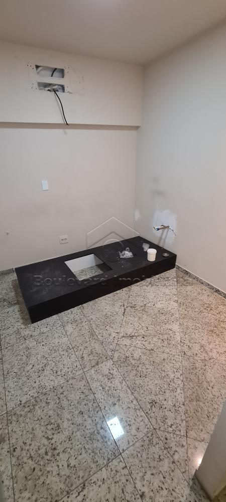 Alugar Comercial / Loja em Condomínio em Ribeirão Preto R$ 3.500,00 - Foto 8
