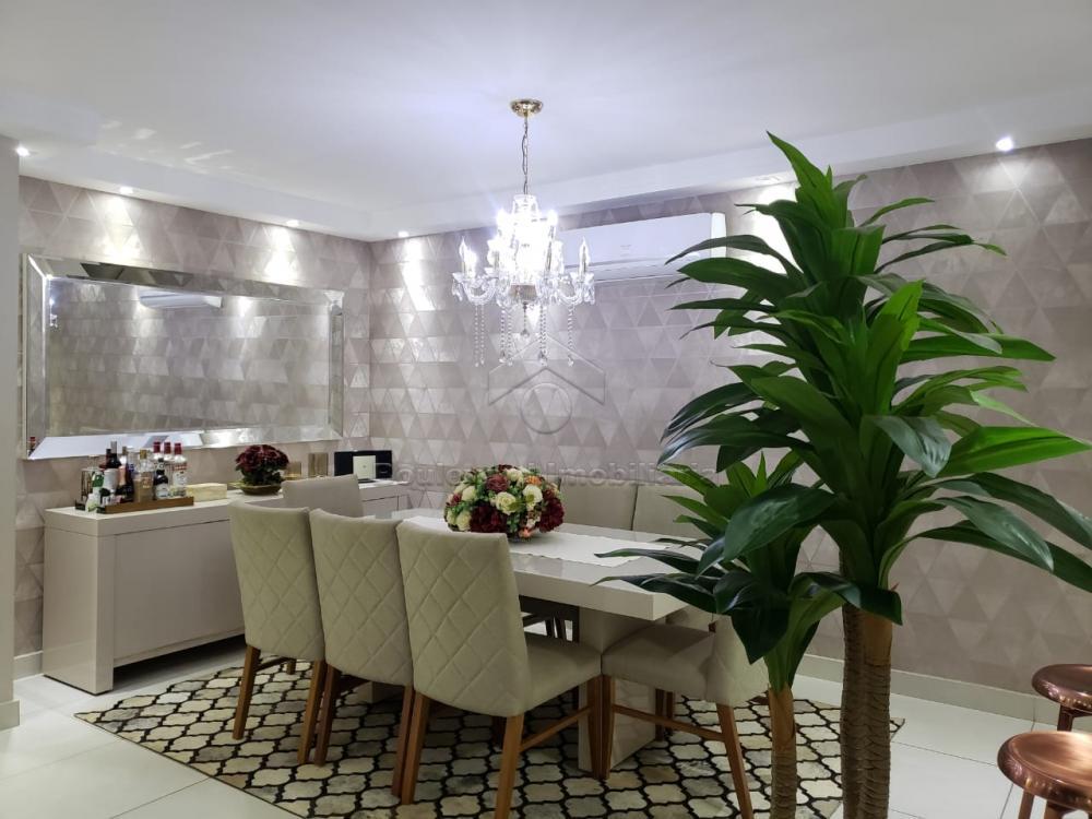 Alugar Apartamento / Padrão em Ribeirão Preto R$ 1.900,00 - Foto 5