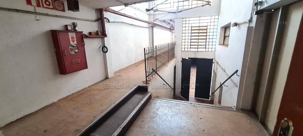 Alugar Comercial / Loja em Ribeirão Preto R$ 12.000,00 - Foto 4