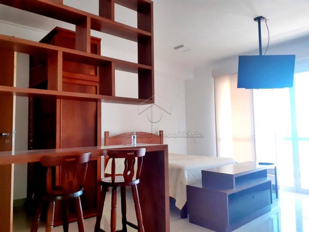 Alugar Apartamento / Padrão em Ribeirão Preto R$ 1.700,00 - Foto 5
