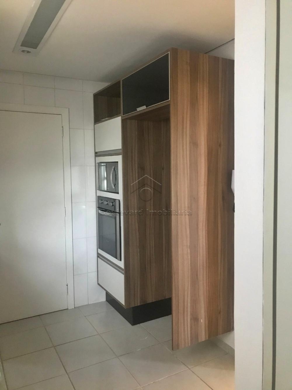 Alugar Apartamento / Padrão em Ribeirão Preto R$ 2.100,00 - Foto 11