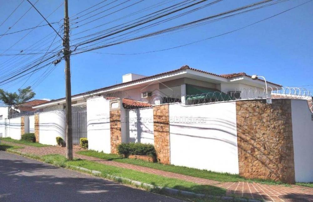 Alugar Casa / Padrão em Ribeirão Preto R$ 4.500,00 - Foto 1