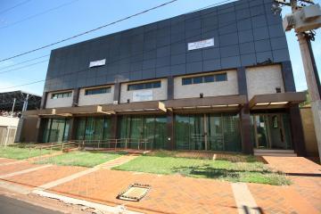 Alugar Comercial / Salão em Ribeirão Preto. apenas R$ 50.000,00
