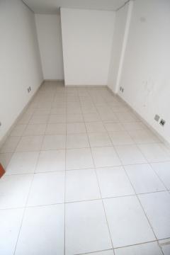 Alugar Comercial / Casa em Ribeirão Preto. apenas R$ 3.000,00