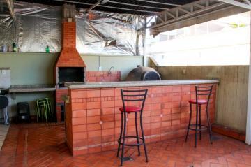 Alugar Apartamento / Cobertura em Ribeirão Preto. apenas R$ 240.000,00