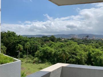 Alugar Apartamento / Padrão em Guarujá. apenas R$ 380.000,00