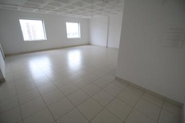 Alugar Comercial / Sala em Ribeirão Preto. apenas R$ 2.400,00