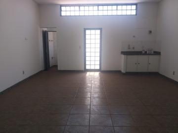 Alugar Casa / Sobrado em Ribeirão Preto R$ 2.400,00 - Foto 3