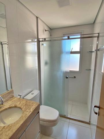 Alugar Apartamento / Padrão em Ribeirão Preto R$ 4.000,00 - Foto 8