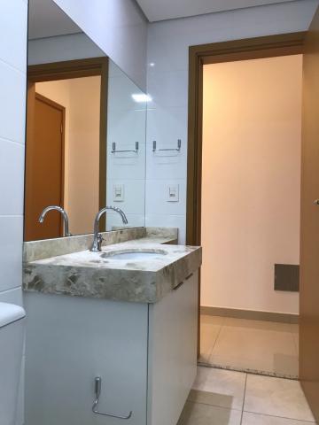 Alugar Apartamento / Padrão em Ribeirão Preto R$ 3.800,00 - Foto 17