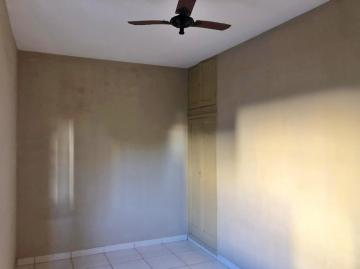 Alugar Casa / Padrão em Ribeirão Preto R$ 900,00 - Foto 6