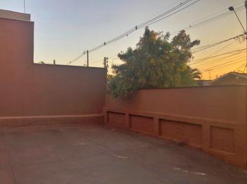 Alugar Casa / Padrão em Ribeirão Preto R$ 900,00 - Foto 9
